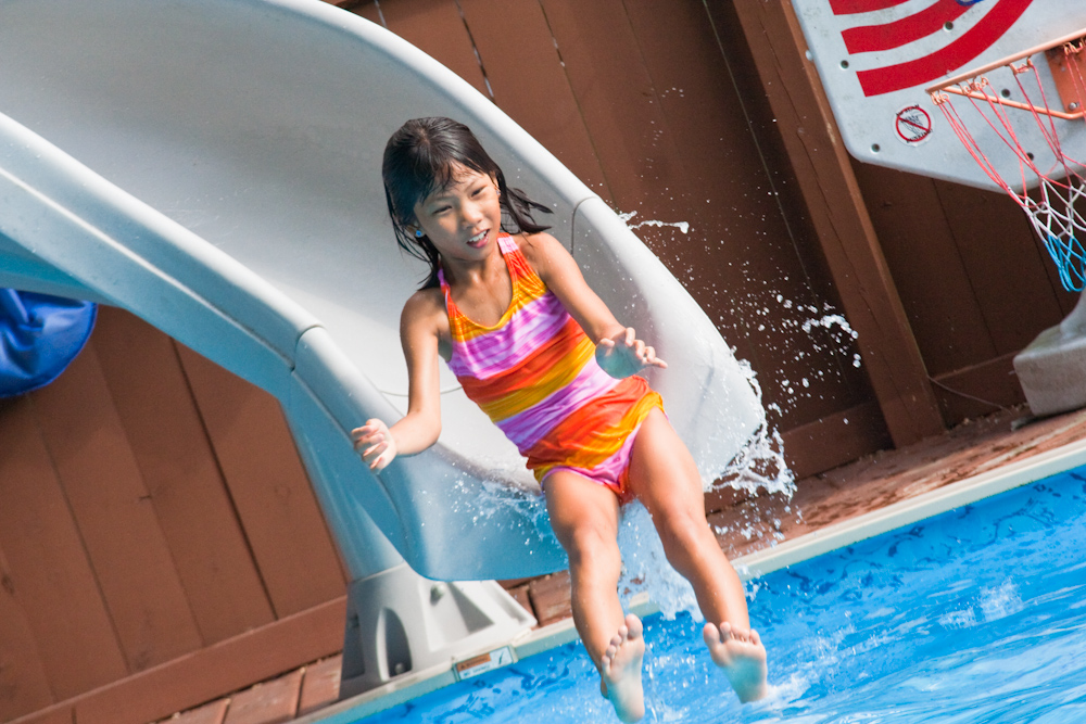 The Pros and Cons Of Swimming Pool Slides