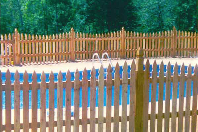 Which Swimming Pool Fence Should You Choose For Safety And Style