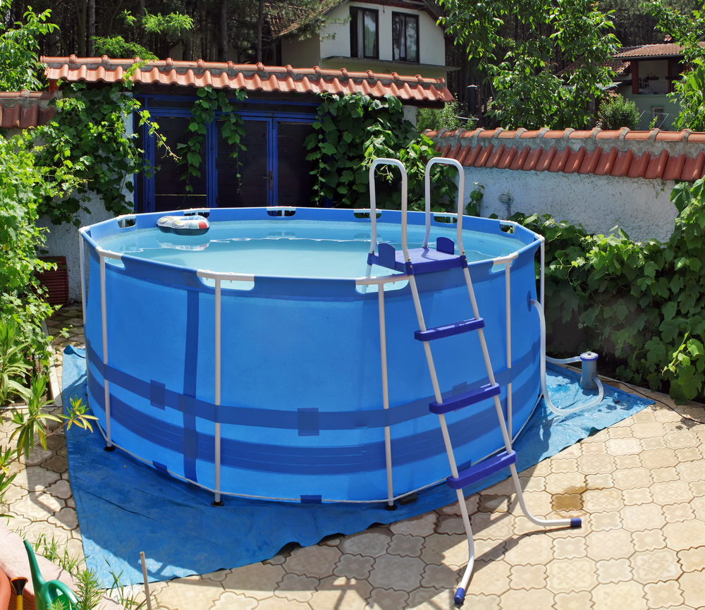 Pros and cons of temporary above ground swimming pools for Garten pool intex