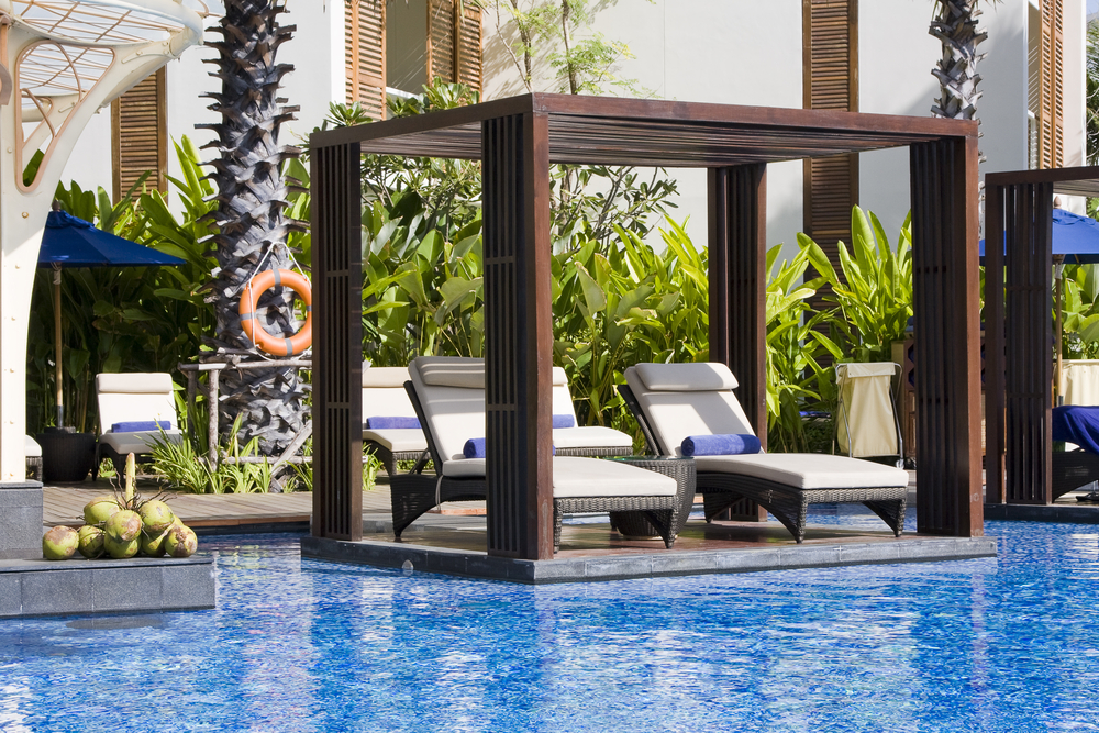 How to Keep Your Pool Furniture Looking New All Year Round